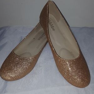Bella Marie Gold sparkly flats 9